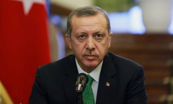 Erdoğan: Karnını doyuruyorsunuz, yine de oy vermiyor…