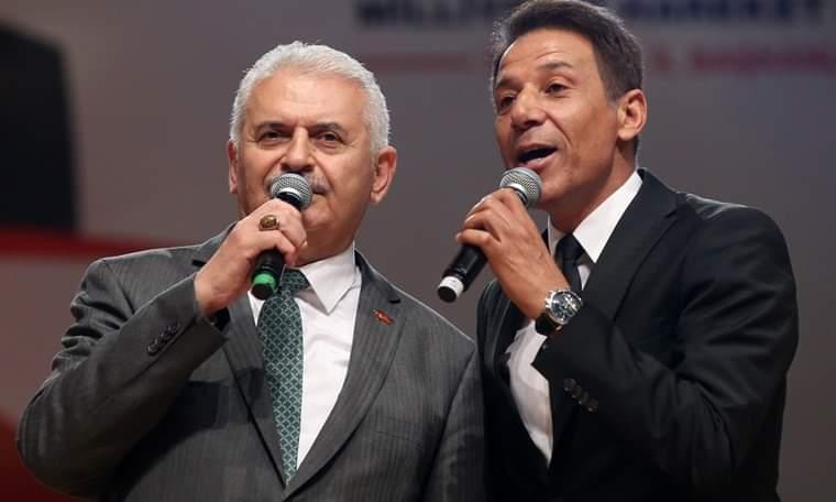Ölürüm Türkiyem şarkısıyla tanınmıştı... Oğlunu askere bedelli gönderdi