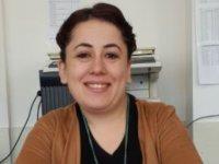 Araklı Anadolu Lisesi'nde İngilizce öğretmeni kendisini asarak yaşamına son verdi.