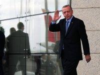 46 yaşında emekli olan Erdoğan, Twitter'da gündem oldu